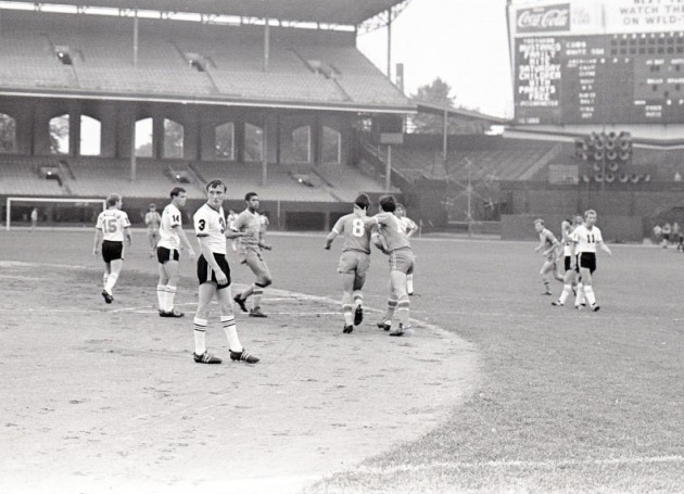 The Mustangs in Action against the Detroit Cougars