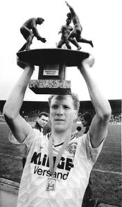 Matthias Sammer lifting the DFB-Pokal trophy with Dynamo Dresden, 1990
